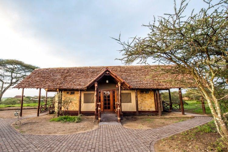 Lake Ndutu Luxury Tented Lodge - chalet - Serengeti - Tanzania - foto: Leopard Tours