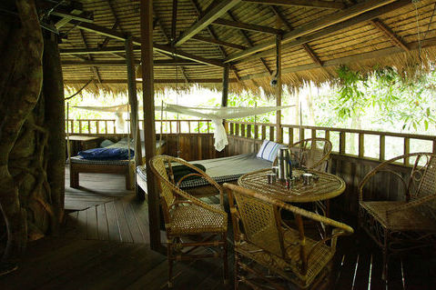 Laos - Bolaven Plateau - Tree Top Explorer - boomhut interieur - foto: Tree Top Explorer