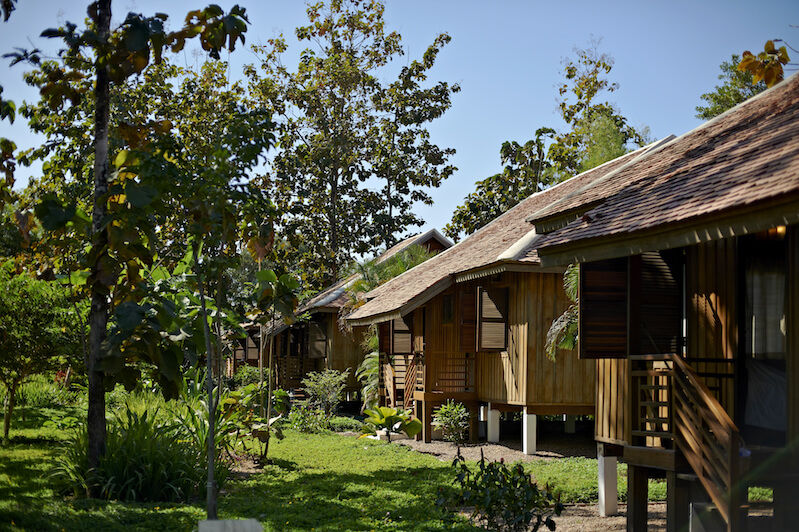 Laos - Champasak - La Folie Lodge - bungalow - foto: La Folie Lodge