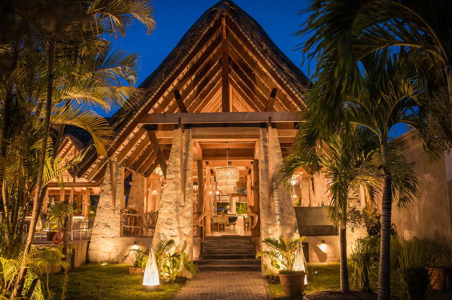 Les Lauriers Eco Hotel - entree - Praslin - Seychellen - foto: Le Lauriers
