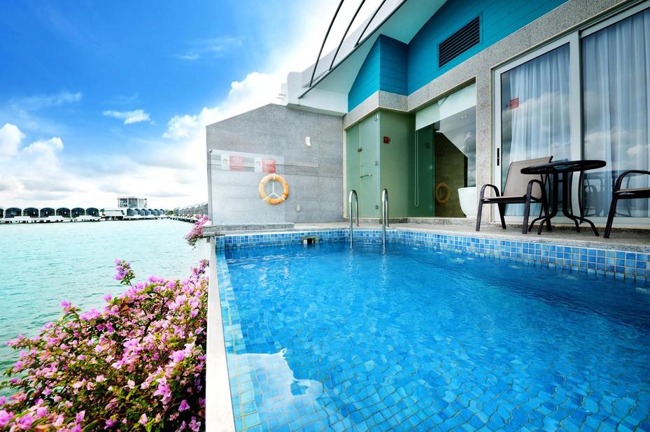 Lexis Hibiscus Port Dickson - private pool - zwembad - Port Dickson - Maleisie - foto: Lexis Hibiscus Port Dickson