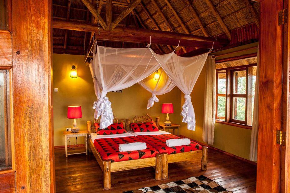 Marafiki Safari Lodge - slaapkamer - Queen Elizabeth  Oeganda - foto: Marafiki Safari Lodge