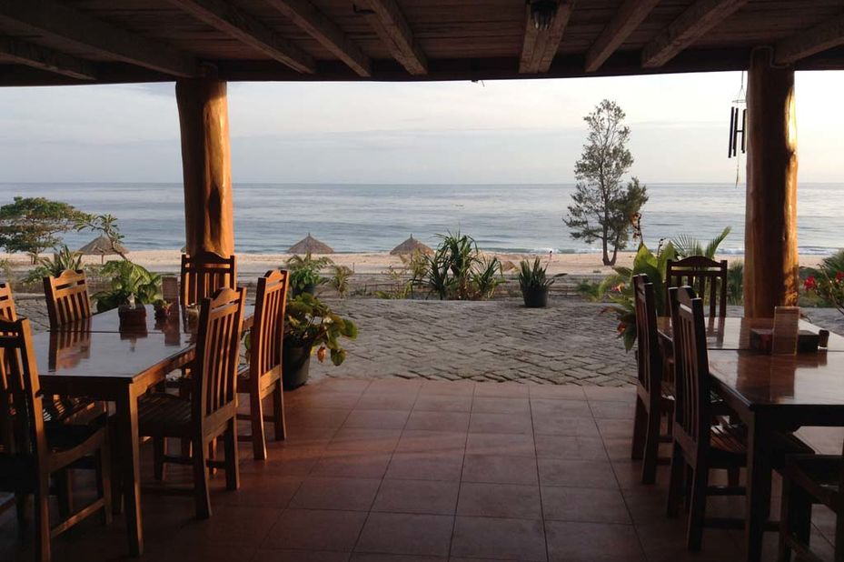 Mario Hotel and Cafe - restaurant - Sumba -Indonesie - foto: Mario Hotel and Café