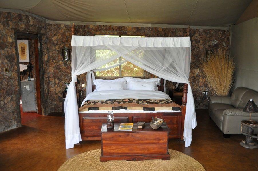 Mbalageti Serengeti Lodge - chalet interieur - Tanzania - foto: Mbalageti-Serengeti-Lodge