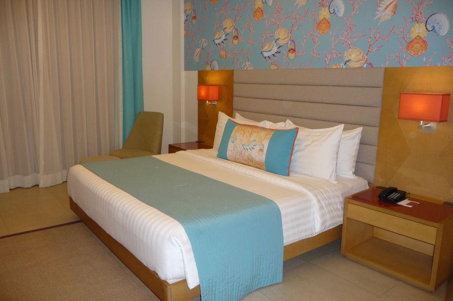 Mövenpick Resort and Spa - kamer -Boracay - Filipijnen - foto: Floor Ebbers