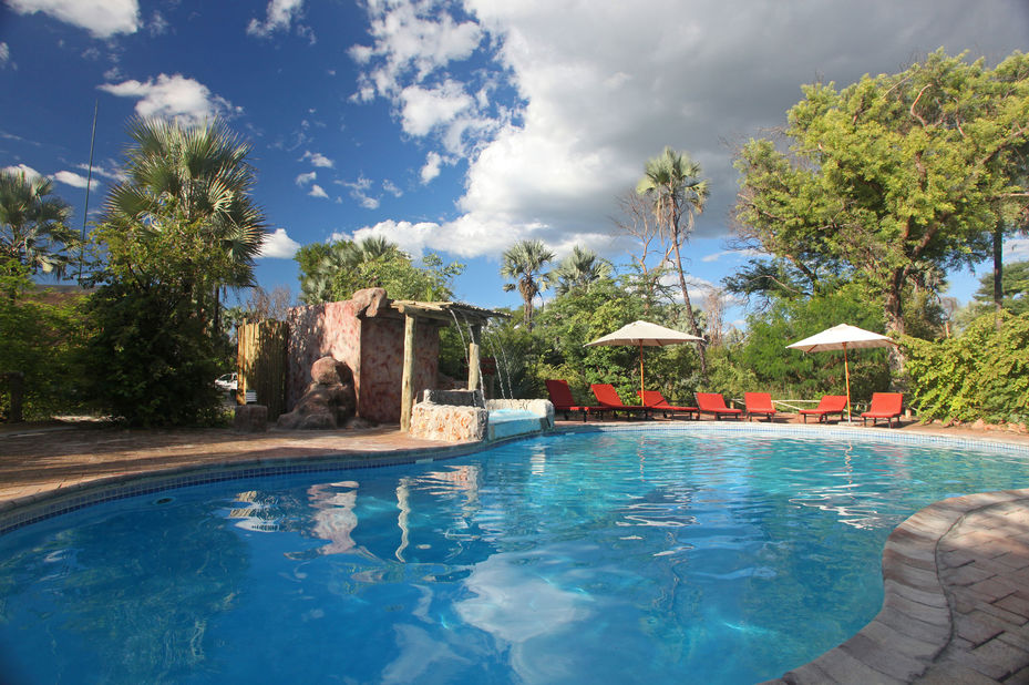 Nata Lodge - zwembad - Botswana - foto: Nata Lodge