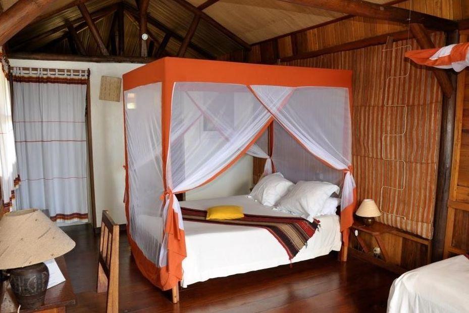 Nature Lodge - bungalow interieur - Amber Mountain - Madagaskar - foto: Nature Lodge