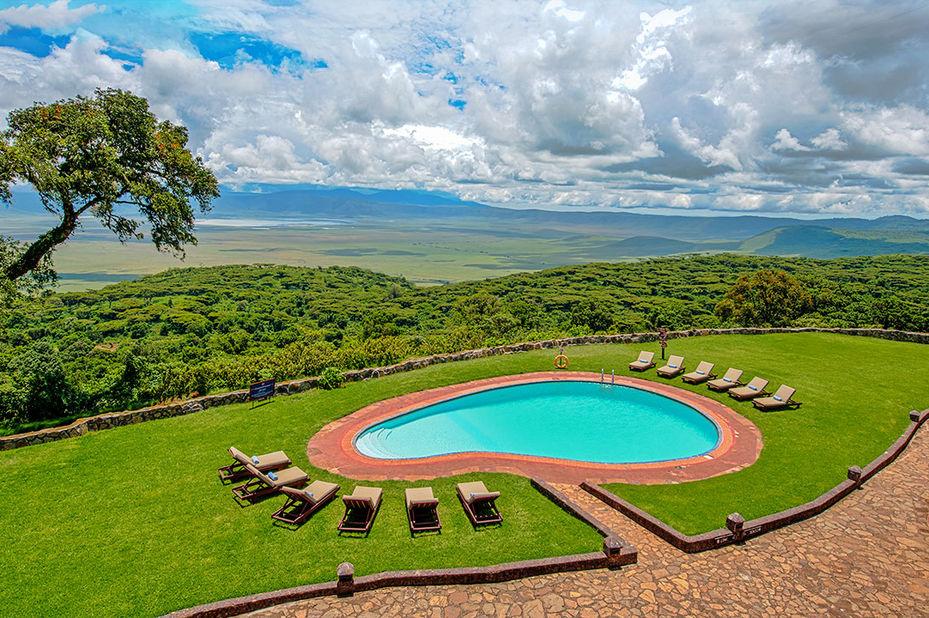 Ngorongoro Sopa Lodge - zwembad - Ngorongoro Crater - Tanzania - foto: Ngorongoro Sopa Lodge