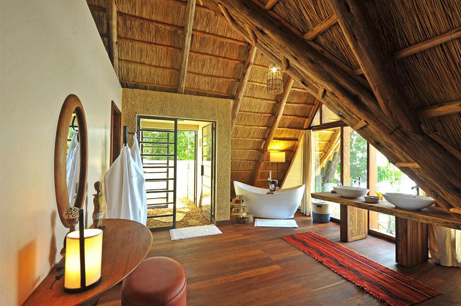 Nile Safari Lodge - badkamer - banda - Murchison Falls - Oeganda - foto: Nile Safari Lodge