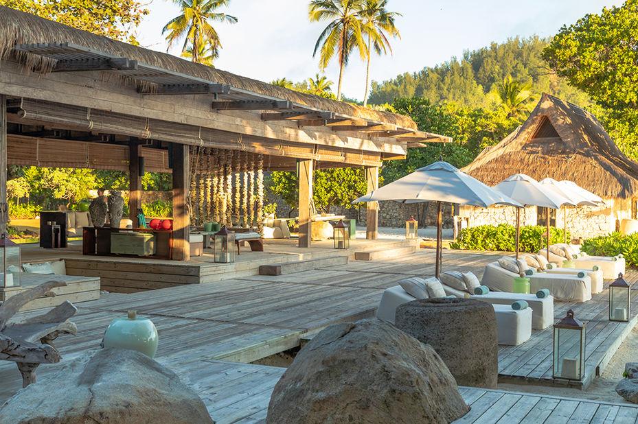 North Island - piazza bar - Seychellen - foto: North Island Resort