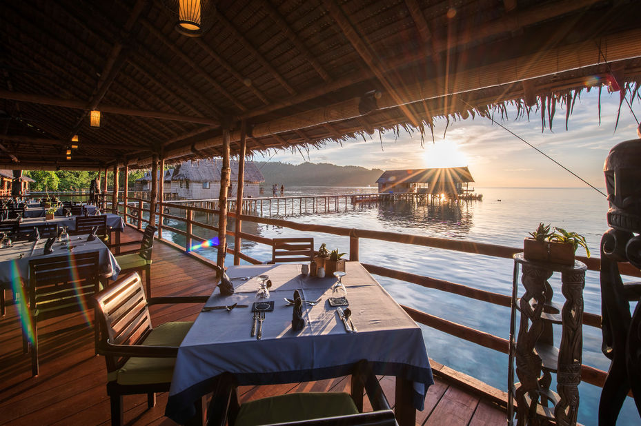 Papua Paradise Eco Resort - restaurant - Raja Ampat - Indonesie - foto: Papua Paradise Eco Resort