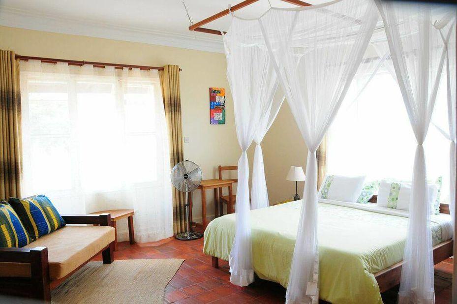 Papyrus Guest House - slaapkamer  - Entebbe - Oeganda - foto: Papyrus Guest House