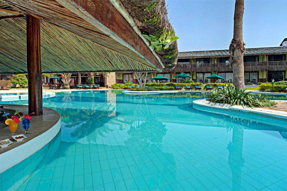 Paraa Safari Lodge - zwembad - Murchison Falls - Oeganda - foto: Paraa Safari Lodge