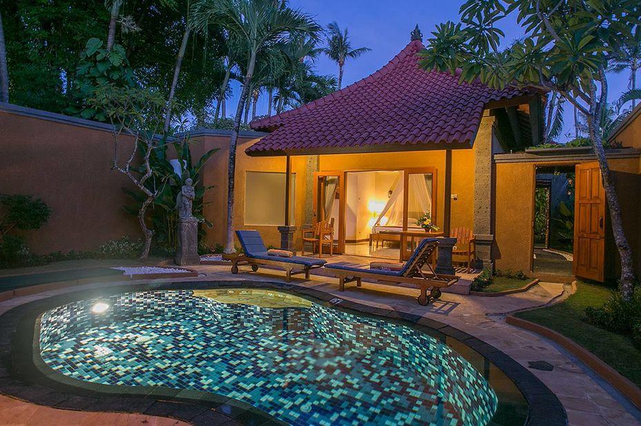 Parigata Villas Resort - deluxe villa - private pool - Sanur - Bali - Indonesie - foto: Parigata Villas Resort