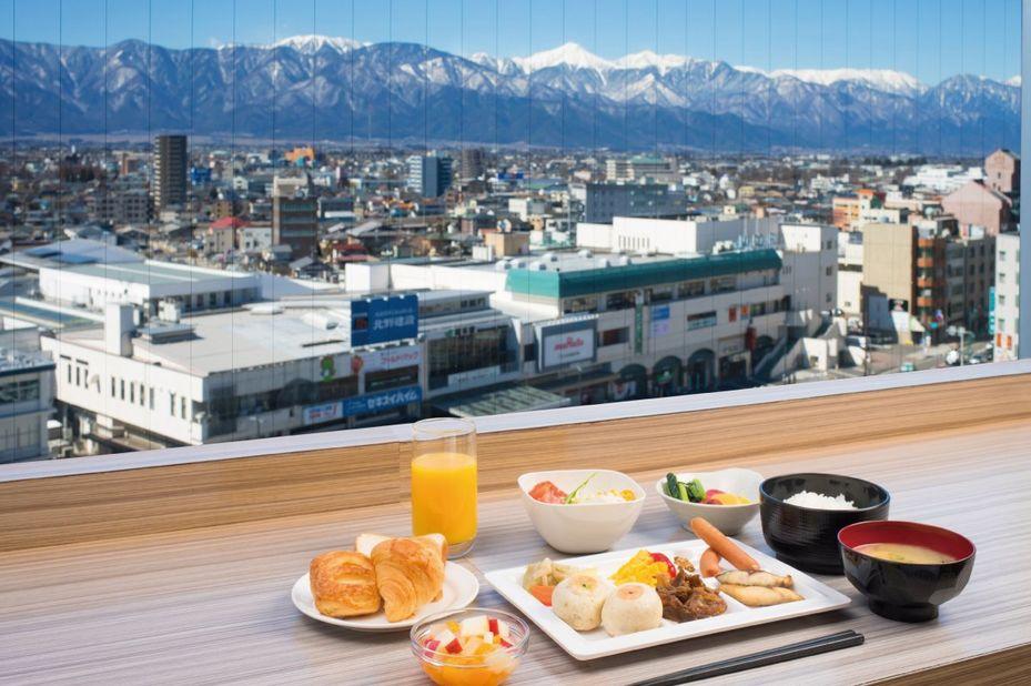 Premier Hotel Cabin Matsumoto - Ontbijt - Uitzicht - Matsumoto - foto: Premier Hotel Cabin Matsumoto