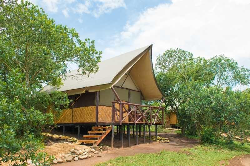 Queen Elizabeth Bush Lodge - exterior - banda - Oeganda - foto: Queen Elizabeth Bush Lodge