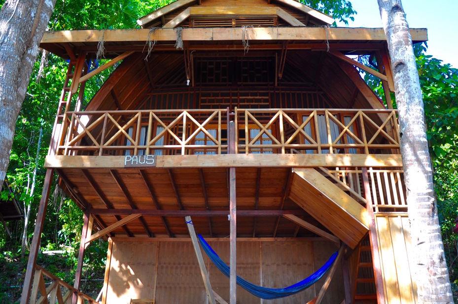 Raja Ampat Dive Resort - voorzijde -Papua - Indonesie - foto: Raja Ampat Dive Resort