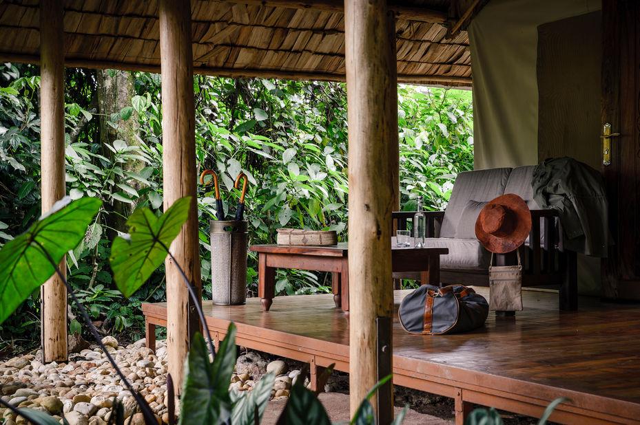 Sanctuary Gorilla Forest Camp - veranda - Bwindi - Oeganda - foto: Sanctuary Gorilla Forest Camp