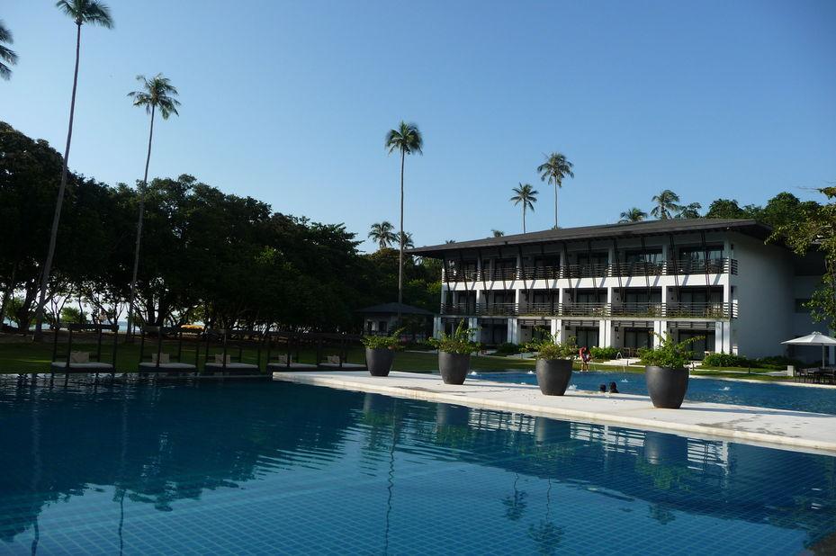 Seda Lio - zwembad - El Nido - Filipijnen - foto: Floor Ebbers