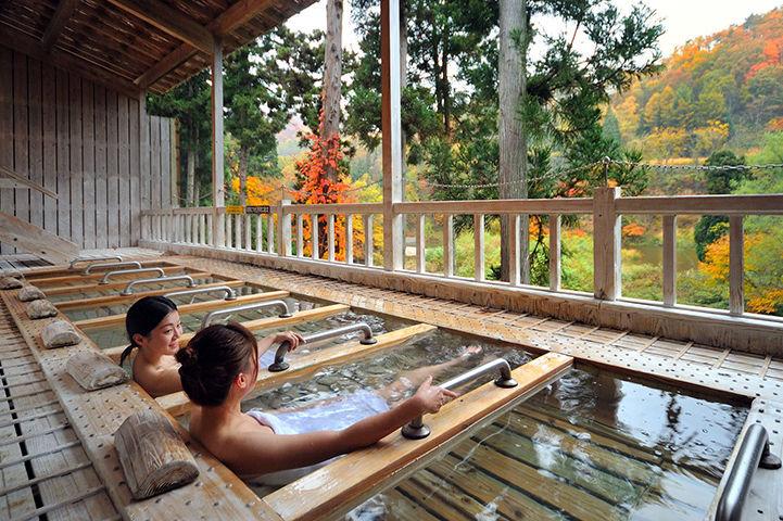 Senkyo no Yado Ginzanso - ligbaden - Ginzan - Onsen - Japan - foto: Senkyo no Yado Ginzanso