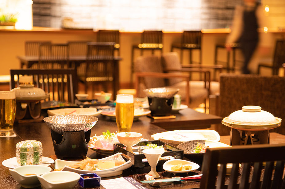 Senkyo no Yado Ginzanso - restaurant - Ginzan Onsen - Japan - foto: Senkyo no Yado Ginzanso