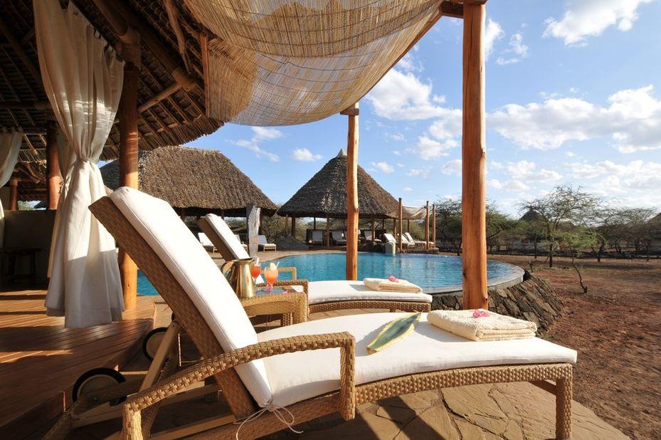 Severin Safari Camp - zwembad - Tsavo - Kenia - foto: Severin Safari Camp