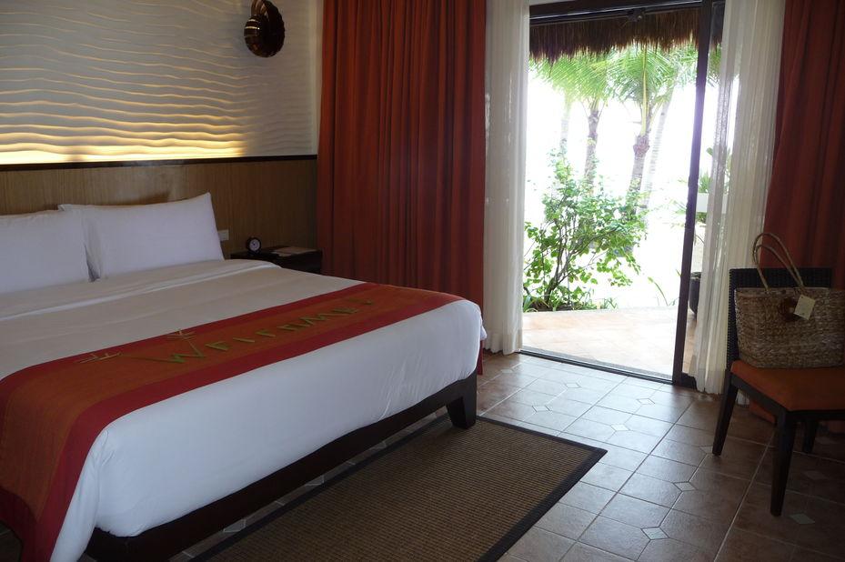 South Palms Resort - kamer - Bohol - Filipijnen - foto: Floor Ebbers