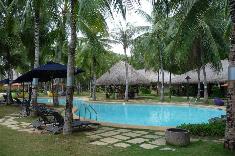 South Palms Resort - zwembad - Bohol -Filipijnen - 2 - foto: Floor Ebbers