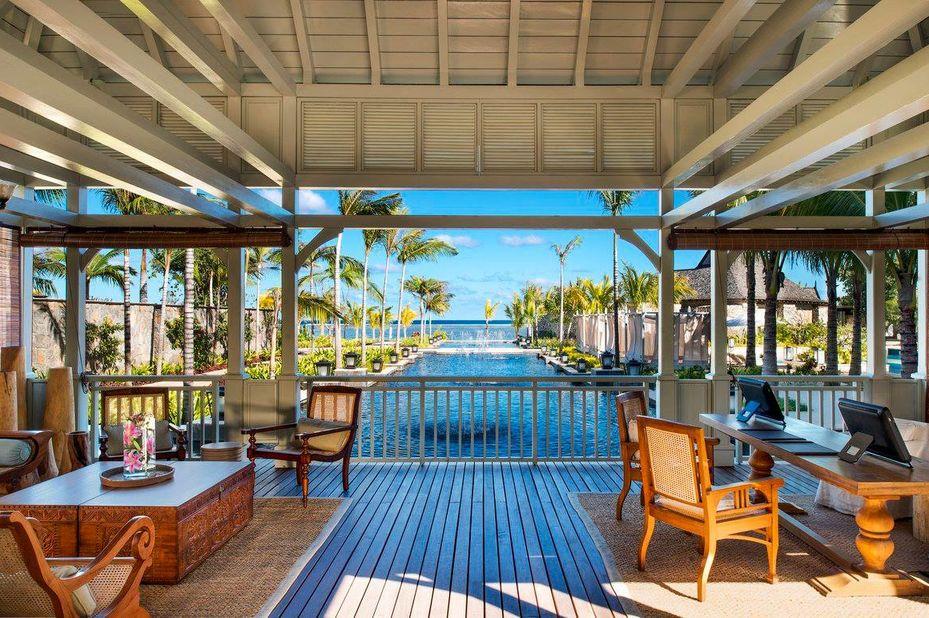 St Regis Mauritius Resort - entree - Le Morne - Mauritius - foto: St Regis Mauritius Resort