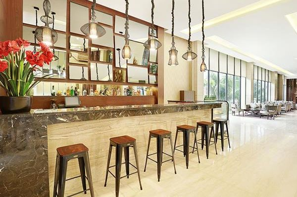Swiss-Belhotel Sorong - lounge bar - Sorong - Indonesie - foto: Swiss-Belhotel Sorong