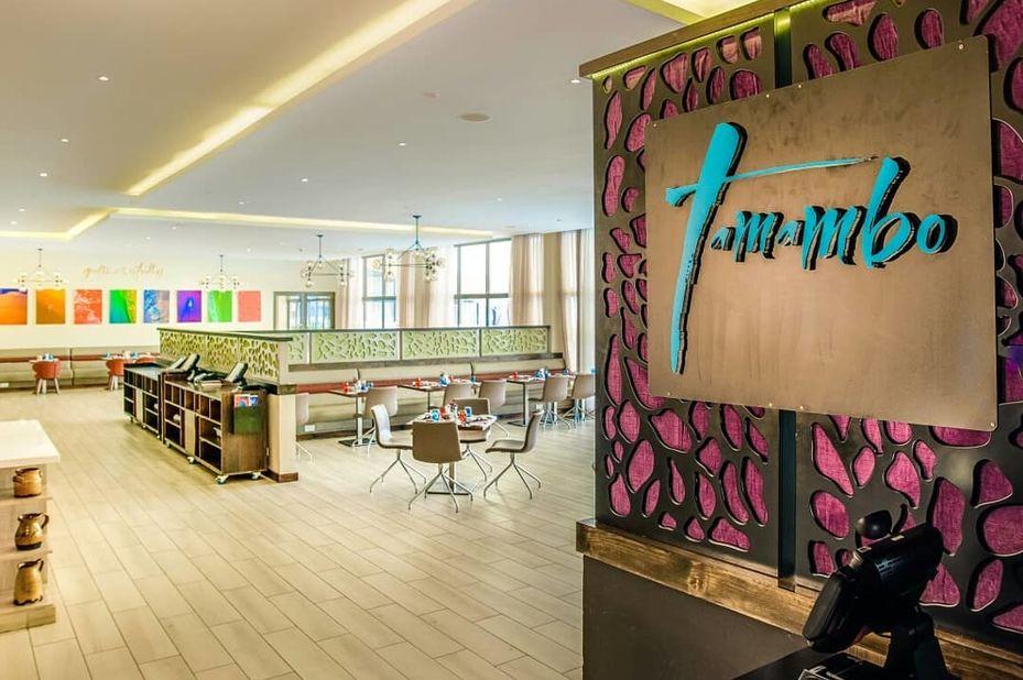 Tamarind Tree Hotel - restaurant - Nairobi - Kenia - foto: Tamarind Tree Hotel Nairobi