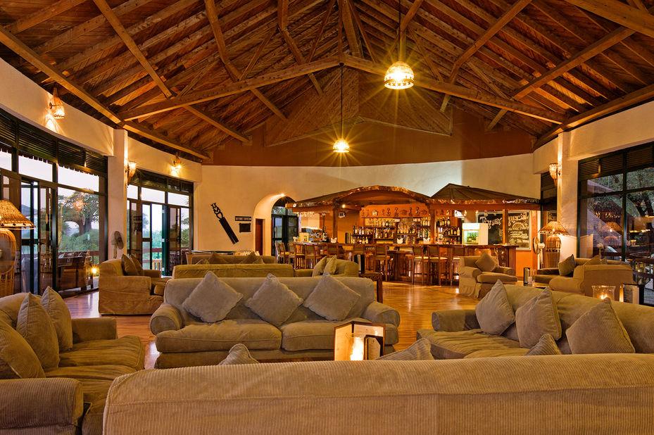 Tarangire Sopa Lodge -lounge - Tarangire National Park - Tanzania - foto: Tarangire Sopa Lodge