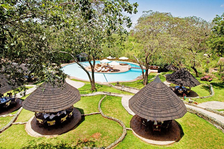Tarangire Sopa Lodge - zwembad - Tarangire National Park - Tanzania - foto: Tarangire Sopa Lodge