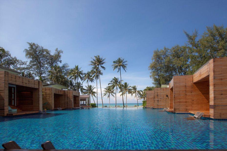 kamers rondom zwembad met uitzicht - Wendy The Pool - Koh Kood - Thailand - foto: Wendy The Pool