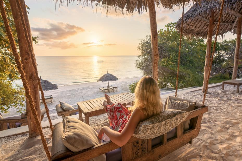 The Manta Resort - beach bar - Pemba - Tanzania - foto: The Manta Resort