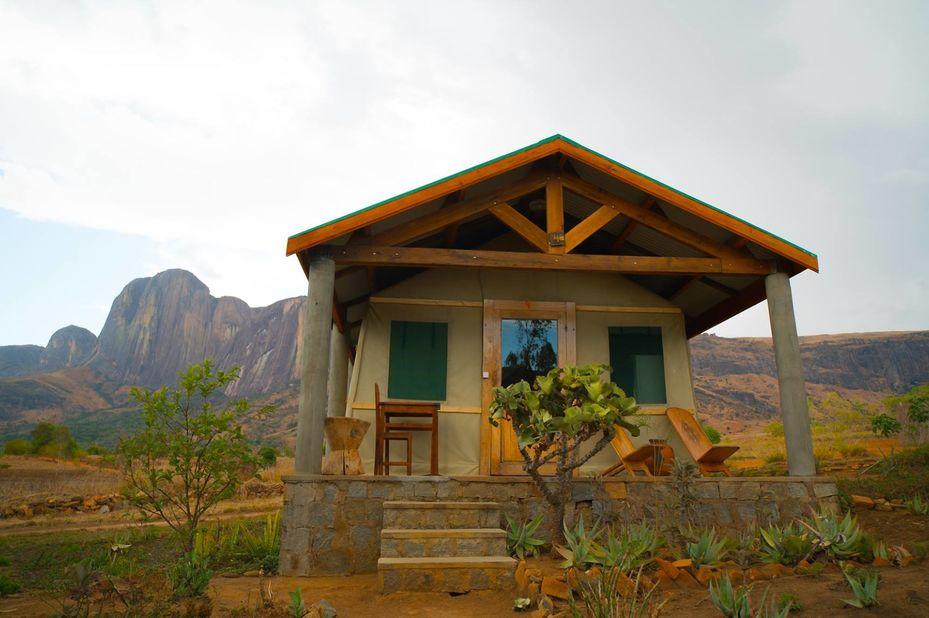Tsara Camp -Tsaranoro - Madagaskar - foto: Tsara Camp