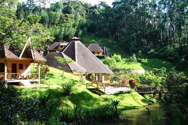 Vakona Forest Lodge - bungalows - Andasibe - Madagaskar - foto: Vakona Forest Lodge