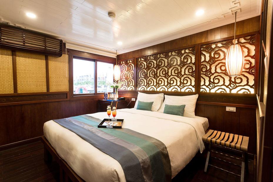 Vietnam - Halong Bay - Bhaya Classic Boat - Deluxe Cabin