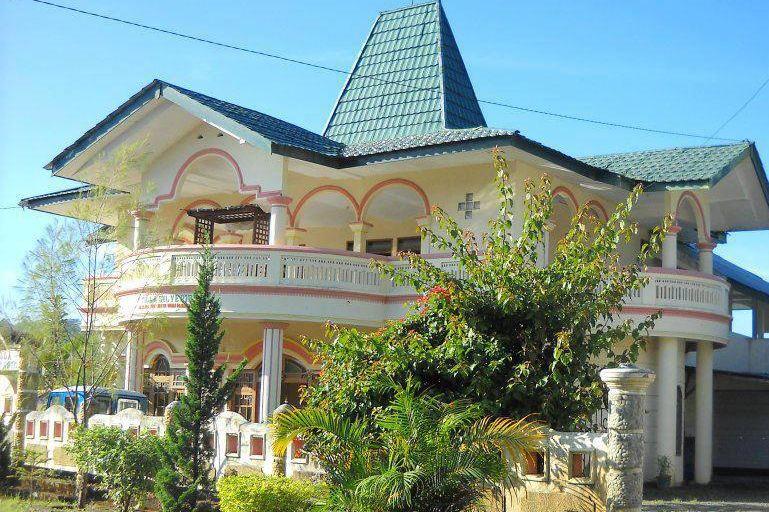 Villa Silverin - voorzijde - Bajawa - Flores - Indonesie - foto: Villa Silverin