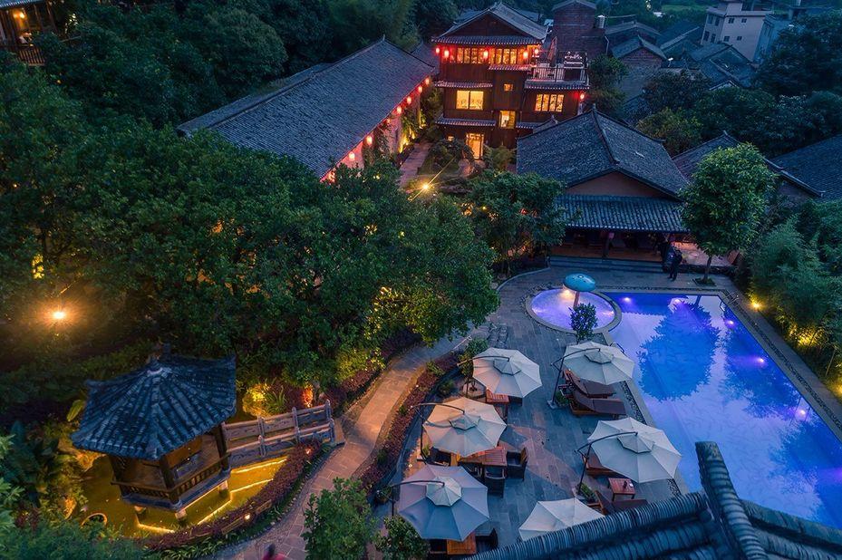 Yangshuo Ancient Garden - zwembad - Yangshuo - China - foto: Yangshuo Ancient Garden