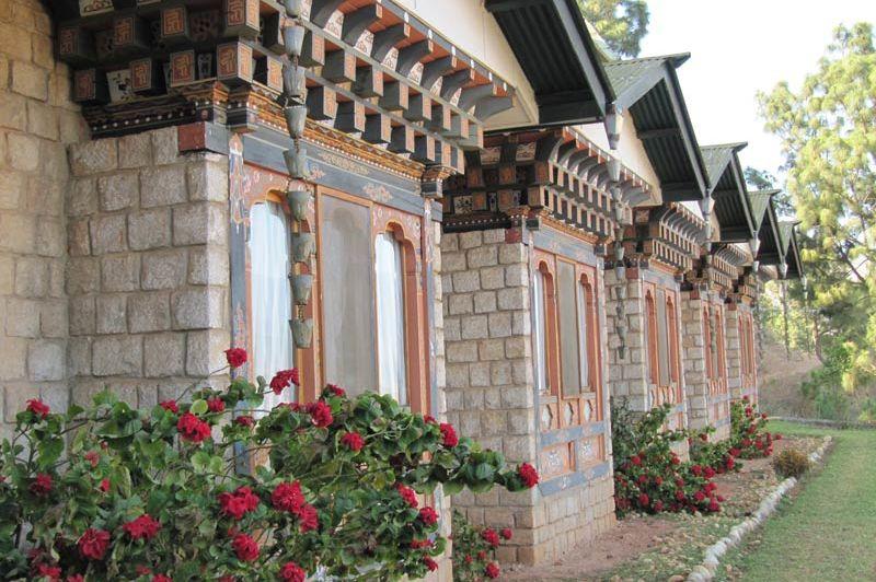 vooraanzicht Hotel Vara (1) - Hotel Vara - Bhutan