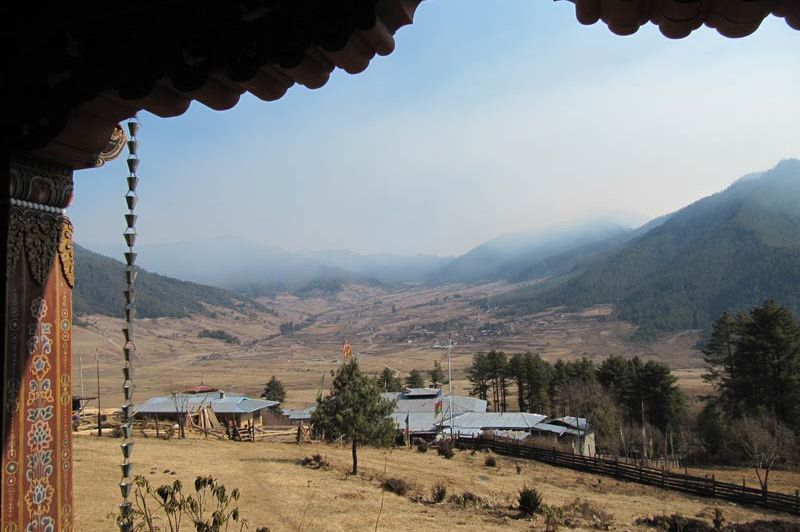 uitzicht van Hotel Dewachen - Hotel Dewachen - Bhutan - foto: Mieke Arendsen