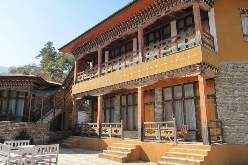 kamers van het Tenzinling Resort - Tenzinling Resort - Bhutan - foto: Mieke Arendsen
