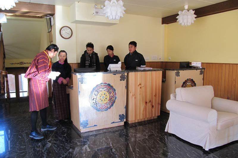 receptie van Hotel Bhutan - Hotel Bhutan - Bhutan - foto: Mieke Arendsen
