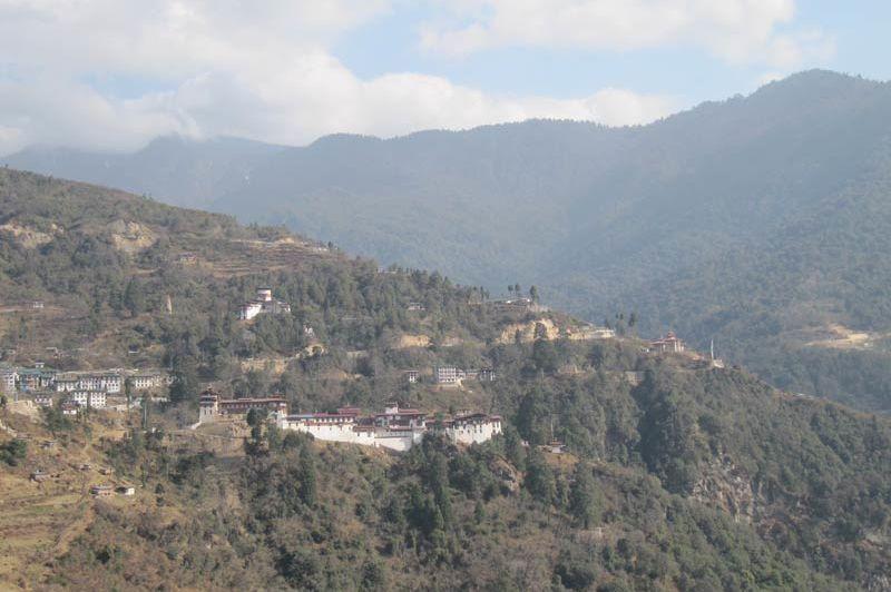 uitzicht op Dzong Yangkhil resort - Yangkhil resort - Bhutan
