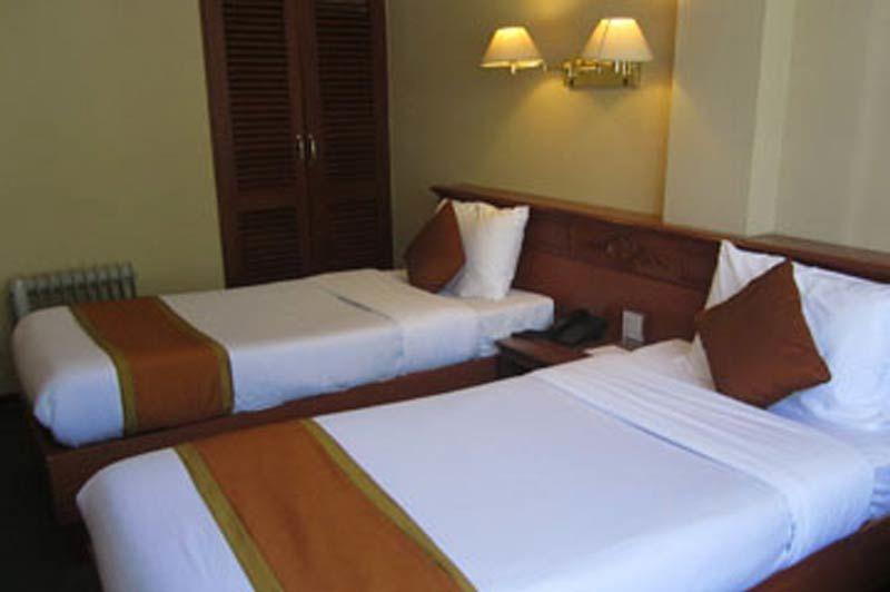 voorgevel van Hotel Jumolhari - Hotel Jumolhari - Bhutan