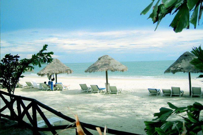 strand - Independence hotel - Sihanoukville - Cambodja