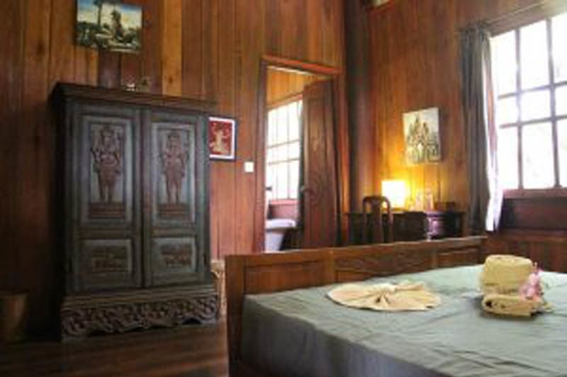 slaapkamer met kast (klein) - Rajabori - Cambodja