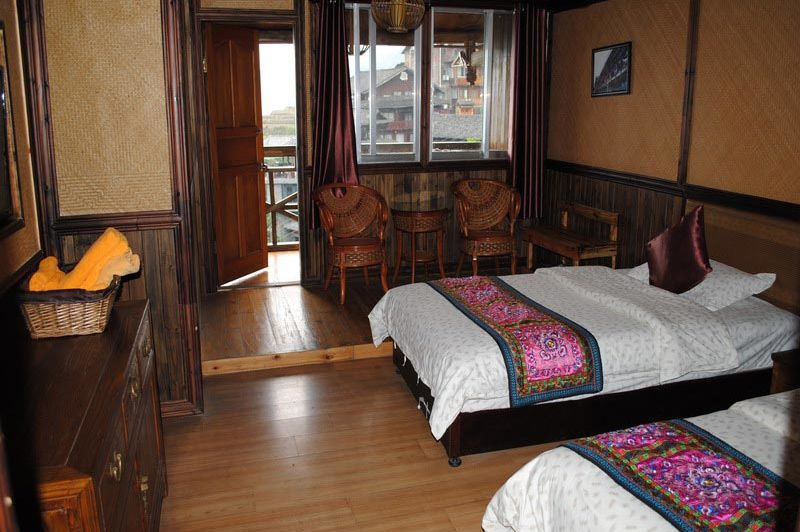 familiekamer in Ping'an guesthouse met tussendeur - Ping an Guesthouse - China