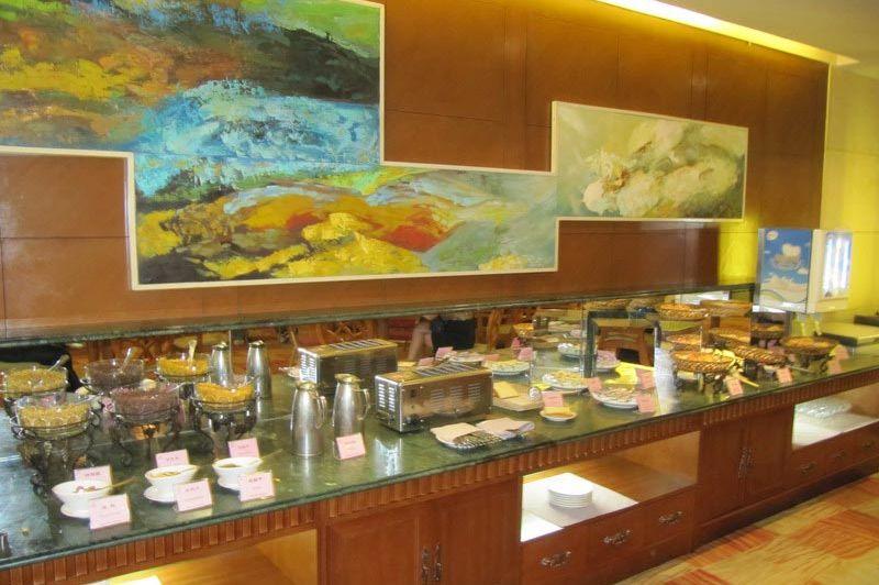 ontbijtbuffet - Regal hotel Giuyang - Regal hotel Giuyang - China